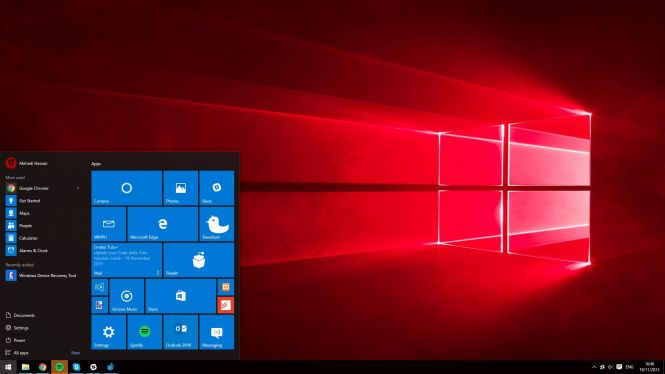 Windows 10 Pro Redstone desktop
